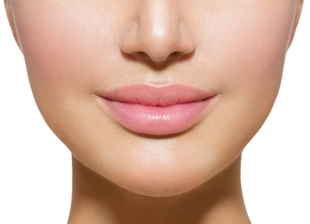 marirea buzelor cu acid hialuronic